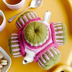 The original Queen of the Tea Cosies, Loani Prior is a maker and teacher - sharing the love of all things needlecraft - producing pretty, funny knitting and applique and patchwork and quilting and embroidery. Miss Cupcake, Knitted Tea Cosies, Knitting Humor, Tea Cozy, Best Tea, Crochet Home, Cosy, Vibrant Colors, Knitting Patterns