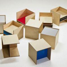 Современный минимализм в представлении Branka Blasius должен быть простым, доступным и качественным, поэтому мебель коллекции MINMIN изготавливается из березовой фанеры - материала достойно заменяющего массив дерева.