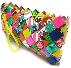 How to Recycle: Elegant Gift for Christmas - Recycled Candy Wrapper Handbags and Purse (projects, crafts, DIY, do it yourself, fun, creative, uses, use, ideas, inspiration, 3R's, reduce, reuse, recycle, used, upcycle, repurpose, handmade, homemade, woven, chip, chips, bag)