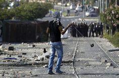 #إسرائيل تسن قانوناً يشدد عقوبة الرشق بالحجارة... والفلسطينيون يحتجون http://alhayat.com/Articles/10114958… #فلسطين