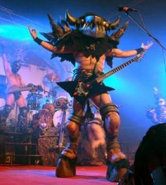 Balsac Jaws of Death, Gwar Guitarist