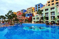 El #alojamiento que estabas esperando en #Tenerife. El hotel Bahía Príncipe en Costa Adeje se encuentra en una de las mejores ubicaciones de Tenerife, donde disfrutar de preciosas #playas y la mayor zona de ambiente de la isla, donde se recogen bares, restaurantes, pubs, discotecas, tiendas..etc. El hotel Bahía Príncipe Tenerife se encuentra en la parte sur, muy cerca de la #Caleta, el #Teide.. http://www.felicesvacaciones.es/oferta-hotel-bah%C3%ADa-principe-costa-adeje-tenerife-1182/
