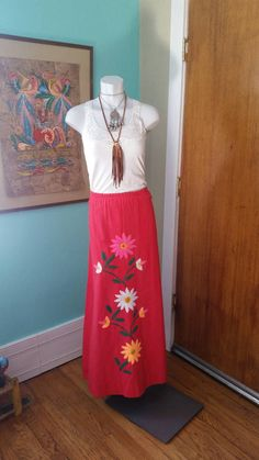 Check out this item in my Etsy shop https://www.etsy.com/listing/223920056/jacarandu-full-length-vintage