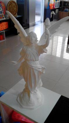 Everyone desire freedom! Daisy, Freedom, Statue, Bird, Liberty, Political Freedom, Daisies, Birds, Sculpture