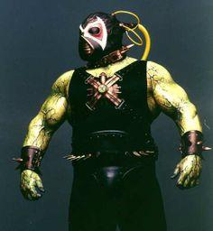 bane | Photos: [Bane and Poison Ivy] [Bane Flexes, Head Turned] [Bane ...