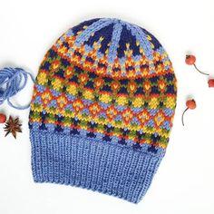 Fair Isle hat knitting pattern by Olga Begak. Crochet Hooded Cowl, Mens Crochet Beanie, Hand Knitting, Knitting Patterns, Crochet Patterns, Knitted Hats, Crochet Hats, Hat Crafts, Diy Hat
