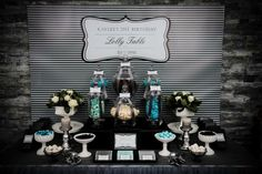 Black and teal party. Classy.