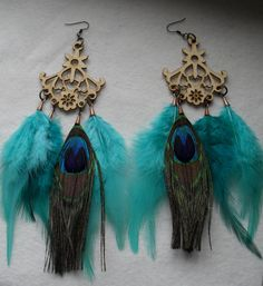 These earrings are gorgeous and the perfect accessory for fall. The blues and greens will bring together just about any outfit and they look wonderful with baby blue eyes!