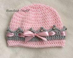 gehäkelte Prinzessin-Mütze mit Kronenrand                                                                                                                                                                                 Mehr