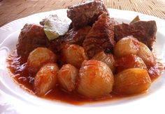 This is a really simple recipe for Beef Stifado that it's loaded in protein too. Stifado is a Greek recipe. Here's How To Make The Beef Stifado (Greek Stew). Beef Stifado Recipes, Greek Lemon Potatoes, Greek Cooking, Greek Dishes, Mediterranean Recipes, Greek Recipes, Soups And Stews, The Best, Food And Drink