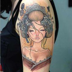 Tatuaggio Pin Up in versione Geisha - Splendida e raffinata questa Geisha in versione tattoo rappresentata sul braccio di una donna.