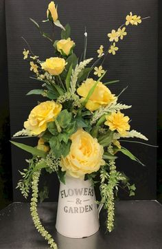 Most people seem to think that flower arrangements should only be used for special occasions, such as an anniversary party, a wedding reception, or something of that nature. But flower arrangements ca Yellow Flower Arrangements, Flower Arrangement Designs, Artificial Flower Arrangements, Beautiful Flower Arrangements, Artificial Cactus, Silk Arrangements, Artificial Flowers, Flower Designs, Faux Flowers