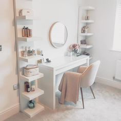Top Beautiful Teen Room Decor For Girls – Decor Cute Bedroom Decor, Bedroom Decor For Teen Girls, Teen Room Decor, Stylish Bedroom, Room Ideas Bedroom, Small Room Bedroom, Bedroom Ideas For Small Rooms, Office Room Ideas, White Desk Bedroom
