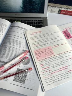 lethargicstudying: taking some biology notes!