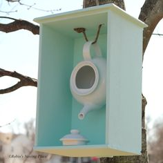 "http://teatra.de ""Clever"": Nice little teapot birdhouse you can make yourself."