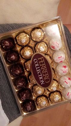 Dairy Milk Chocolate, Chocolate Day, Chocolate Gifts, Chocolate Lovers, Cake For Boyfriend, Yummy World, Peanut Butter Oatmeal Bars, Around The World Food, Snack Items
