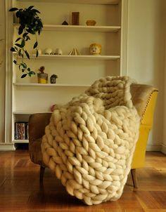 The Deco Journal Camas King, Textiles, Merino Wool Blanket, Diy Crafts, Bed, Crochet, House, Ideas Para, Journal
