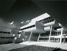 Burroughs Wellcome Headquarters, Research Triangle Park NC (1971) | Paul Rudolph