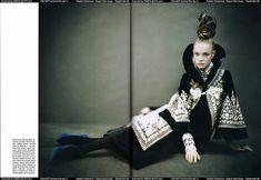 Natalia Vodianova, by Paolo Roversi, for Vogue Italia, September 2006 Paolo Roversi, Couture Mode, Haute Couture Fashion, Global Style, Natalia Vodianova, Mode Editorials, Editorial Fashion, Boho Chic, Bomber Jacket