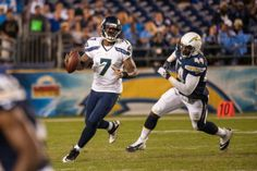 Backup quarterback Tarvaris Jackson agreed to terms on a new contract with the Seahawks. Seahawks Team, Seattle Seahawks, Nfl Season, Russell Wilson, Free Agent, 12th Man, Home Team, Sport Girl