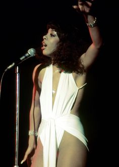 donna summer >>> disco fashion diva