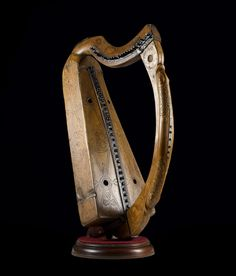 viking harp | Mary Queen of Scots harp. Image: National Museums Scotland