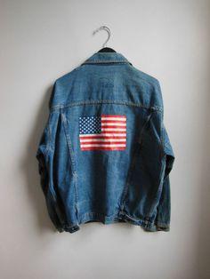Vintage 90s Grunge Faded Americana Distressed Denim Chic Jean Jacket Coat Unisex