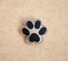 Puppy paw felt brooch. $9.50, via Etsy.