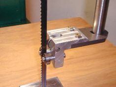 Diy Bandsaw, Woodworking Bandsaw, Best Woodworking Tools, Woodworking Techniques, Wood Projects, Projects To Try, Scroll Saw Blades, Table Plans, Creative Crafts