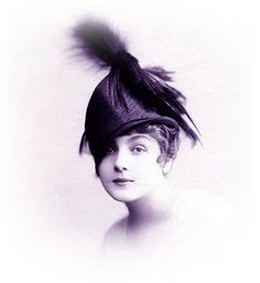 WORLD WAR ONE LADIES HATS BY LANVIN 1918,WW1 FASHION HATS 1918,1918 ARTICLE ABOUT WOMENS HATS MADE DURING WW1,FASHION MILLINERY OF 1918,FASH...