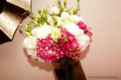 Hot-Pink-Hydrangea-Centerpiece-with-Lisianthus-and-Roses-The-French-Bouquet-Artworks-Tulsa-Photography.jpg (900×599)