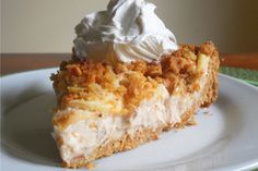Need some inspiration for your holiday bake-off submission? This vegan apple crisp cheesecake should do the trick. It was so delicious, it earned Matthew Calverley (Vegan Heartland) a Best Pie award! Apple Crisp Cheesecake, Vegan Cheesecake, Cheesecake Recipes, Dessert Recipes, Vegan Cake, Cheesecake Crust, Vegan Sweets, Vegan Desserts, Just Desserts