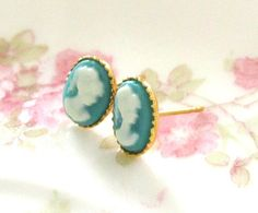 Cameo earrings...ooooh, Kaylee! I didn't know they made them in teal! or whatever color that is!