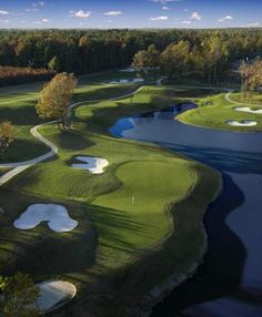 The Yorktown Course at Williamsburg National Golf Club is our beautiful #GolfCourseOfTheDay! | Rock Bottom Golf #RockBottomGolf