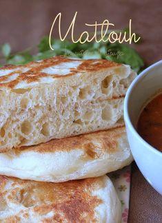 Very tender matlouh roll khobz tajine Algerian Recipes, Croatian Recipes, Arabic Dessert, Arabic Food, Arabic Sweets, Indian Dessert Recipes, Ethnic Recipes, Ramadan Recipes, Food Presentation