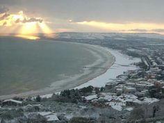 Blick von Vasto nach San Salvo Marina im verschneiten Winter