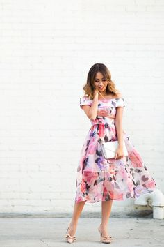 Spring Dress Outfit Ideas - Dainty Pineapples