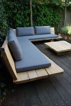 Diy Outdoor Furniture, Outdoor Garden Furniture, Furniture Ideas, Barbie Furniture, Garden Benches, Diy Garden Seating, Built In Garden Seating, Diy Furniture Sofa, Garden Furniture Design