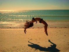 Still do beach gymnastics.. with the 2 skills I can still do.. #gymnastics #beach #missit