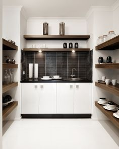 Best Modern Butlers Pantries Ideas , Below you will discover suggestions to create a pantry you will love and that makes your life simpler. Adding a butlers pantry is an ideal option. Kitchen Butlers Pantry, Pantry Laundry Room, Butler Pantry, Walk In Pantry, Kitchen Cupboards, Basement Laundry, Small Space Interior Design, Interior Design Living Room, Interior Decorating
