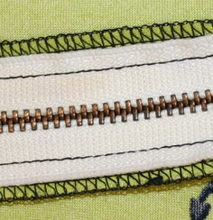 Sewing Tips Serger tips including differential feed settings and when you should also straight stitch (crotch, underarm) - Beginner Sewing Patterns, Sewing Projects For Beginners, Free Sewing, Sewing Tutorials, Sewing Hacks, Sewing Crafts, Sewing Tips, Sewing Ideas, Serger Projects
