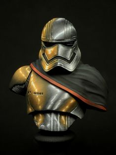 Captain Phasma by Roberto Del Cima · Putty&Paint
