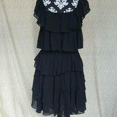 Pearl Georginachapman Dress Pearl Dress Beautiful  never  Worn Size:12 Pearl  Dresses Midi