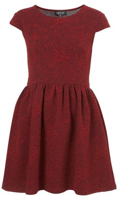 Jacquard floral floppy dress, is super cute for a everyday look