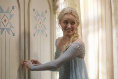 Frozen Elsa (Georgina Haig) on Once Upon A Time