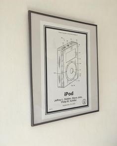 Waarom een iPod kopen als je ook gewoon het patent kan claimen?    #TandemTech #Patent #Retropatents #techblogger #blogger #tech #techphotography #ipod #apple #gadgets #belgianblogger #geekstercollection #Geekster #geeky #technology #vsco #vscocam #q2