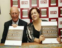 ESPM lança livro sobre a história do marketing no Brasil, escrito pelos professores Francisco Gracioso e Laura Galluci.