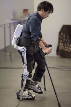 Power-Assist Exoskeleton for those who need help walking