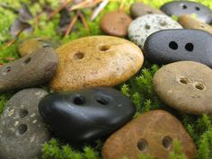 Hand made stone buttons available upon request: http://manitoubeads.com/
