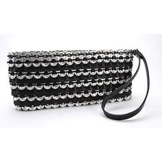 Soda Pull Clutch with Tire - ImagineArte